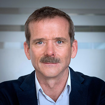 Chris-Hadfield---Headshot---Photo-Credit_Le-Journal-de-Montréal