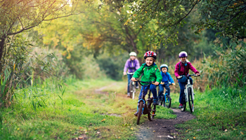 7 Ways Your Family Can Have Fun in Nature