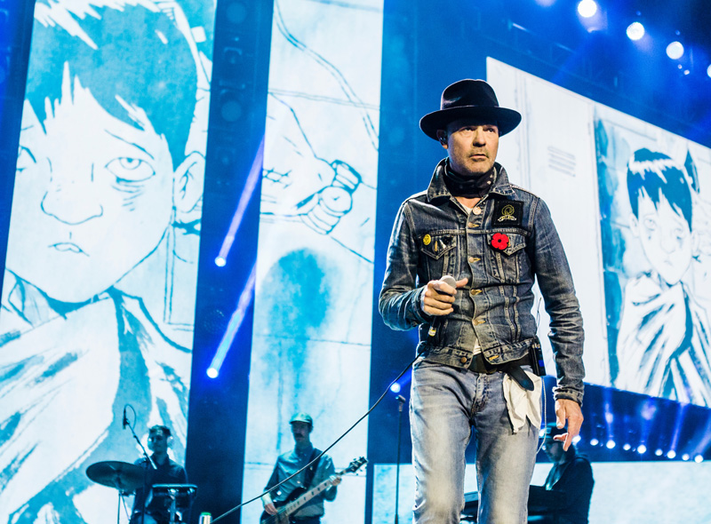 Gord Downie calls on Canadians - Feature Video